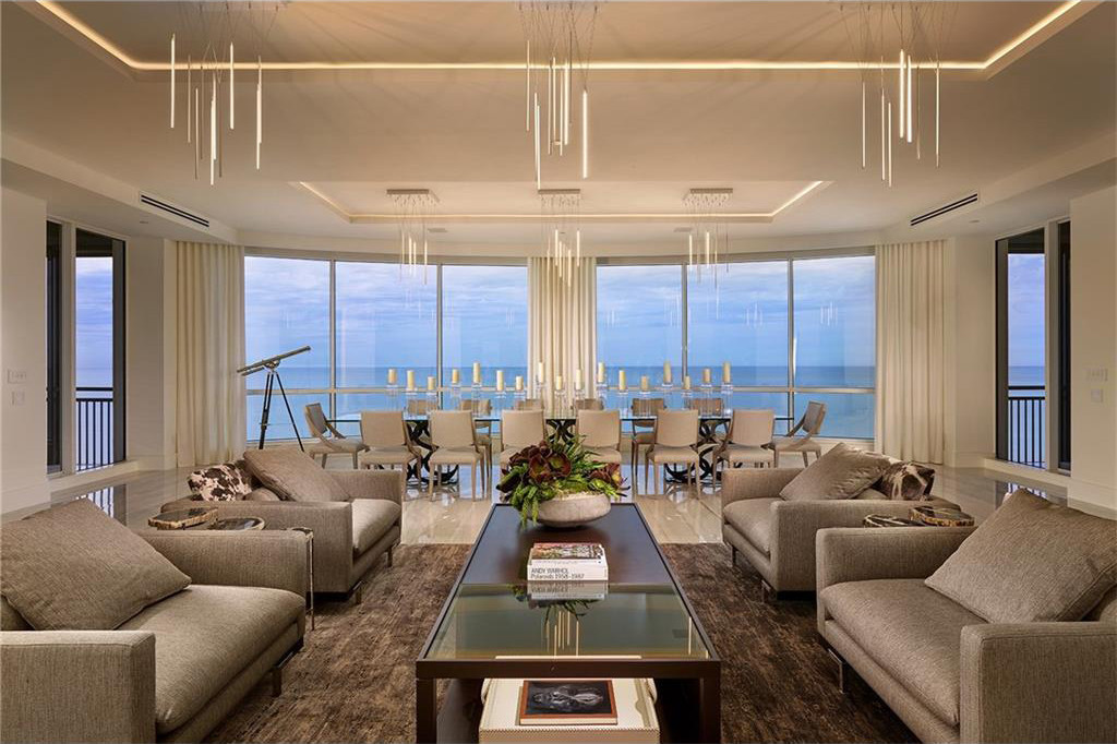 Dwell A Tour Of The Penthouse At The Seasons At Naples