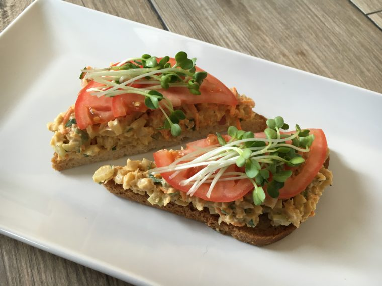 Dining: New Food Options at Delicious Raw
