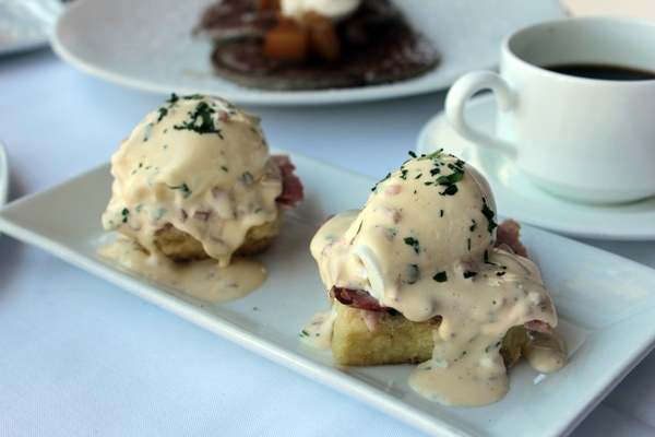 brunch, fifth, avenue, naples, florida, swfl, dining, breakfast, cafe, lurcat, bloody mary, drinks, donuts