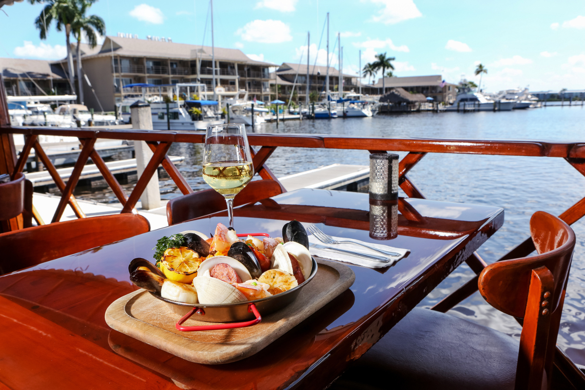 Eat Drink Best Waterfront Dining In Naples The New Naples